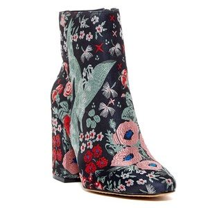 Vince Camuto Destilly Floral Embroidered Booties